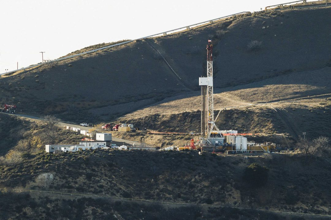 Possible New Gas Leak Reported at Porter Ranch Near Plugged Well